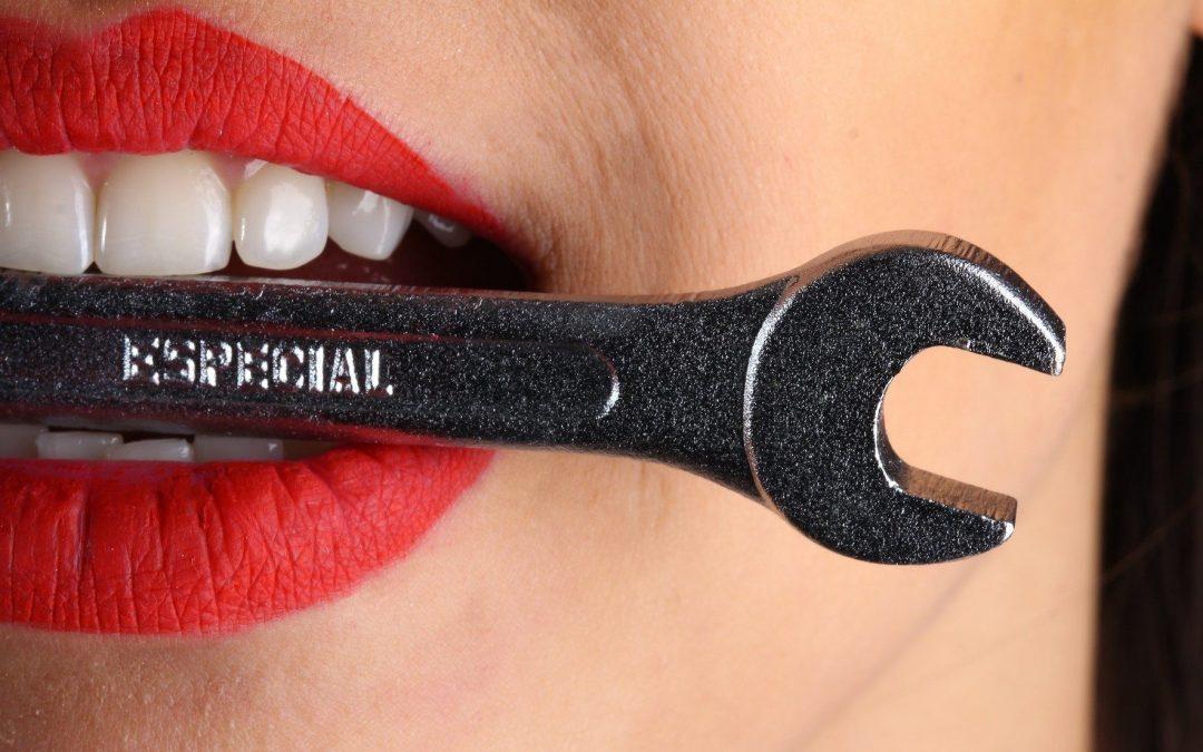 Zähneknirschen: Ursache ist oft Stress